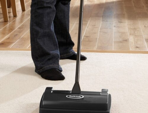 MANUAL SWEEPERS VS ELECTRIC VACUUMS PROS AND CONS